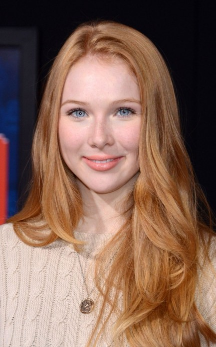Molly Quinn Celebrity Mobile Wallpaper Emma Roberts