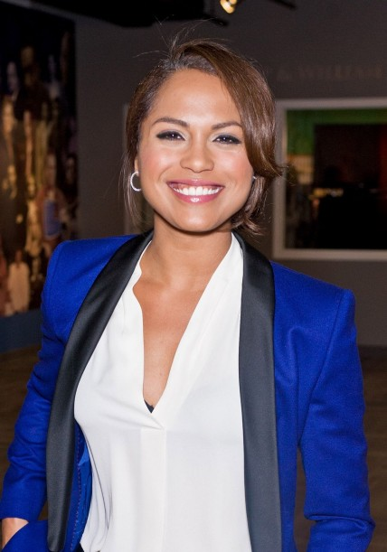 Monica Raymund At Chicago Pd Portrait Session In New York