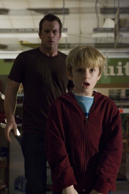 Thomas Jane David Drayton And Nathan Gamble Billy Star In Frank Darabounts Adaptation Of Stephen Kings The Mist Photo By Ralph Nelson The Weinstein Company Films