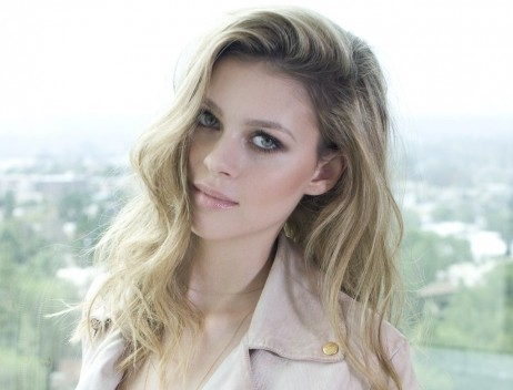 Nicola Peltz Wallpapers