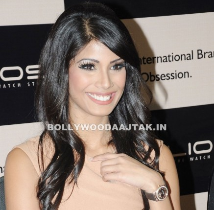 Nicole Faria Launches Frederique Constant Luxury Watch Collection At Helios Bollybreak Nicole Faria Launches Frederique Constant Luxury Watch Collection At Helios