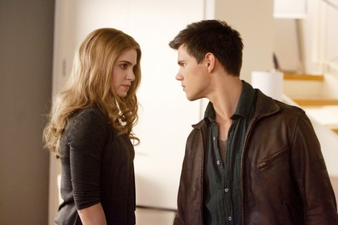 Nikki Reed Stars As Rosalie Hale And Taylor Lautner Stars As Jacob Black In The Twilight Sagas Breaking Dawn Part Twilight