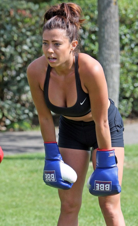 Pascal Craymer In Shorts Workout Tv