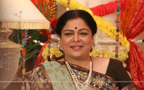 Reema Lagoo As Snehalata Wallpaper