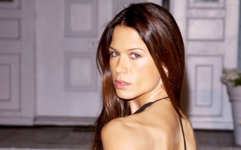 Rhona Mitra Celebrity Wallpaper Beach