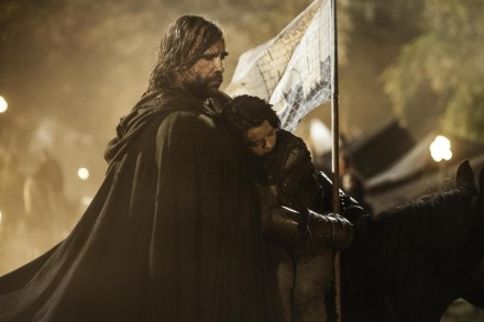 Picture Of Rory Mccann And Maisie Williams In Urzeala Tronurilor Large Picture Sophie Turner