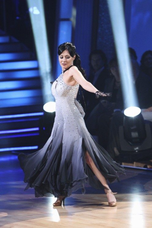 Shannen Dancing With The Stars Week One Viennese Waltz Shannen Doherty