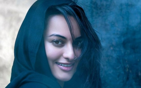 Wallpaper Sonakshi Sinha Desktop Background Pics And Images Wallpaper
