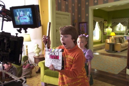 Spencer Breslin And Dakota Fanning In Dr Seuss The Cat In The Hat Large Picture