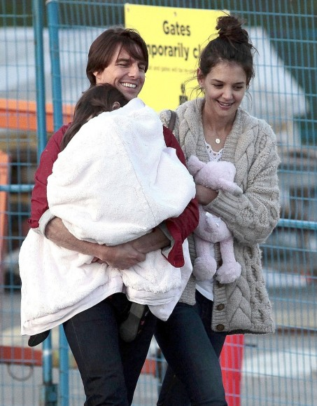 Pictures Tom Cruise Katie Holmes Suri Cruise And Tom