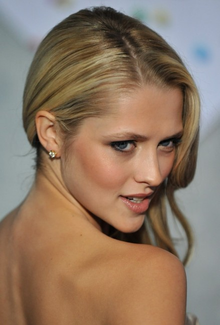 Teresa Palmer Wallpaper Hd