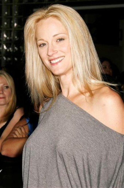 Teri Polo West Wing