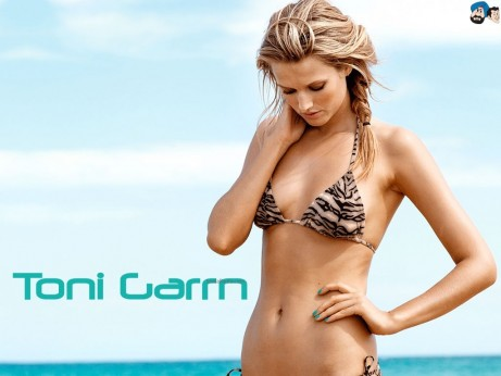 Toni Garrn Hd Wallpaper Wallpaper