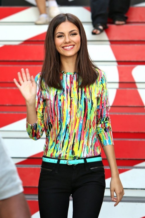 Victoria Justice The Grove Ext
