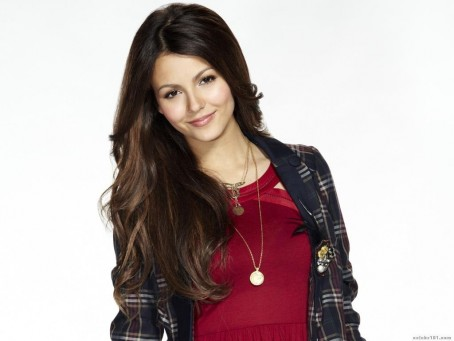 Victoria Justice Wallpapers Wallpaper