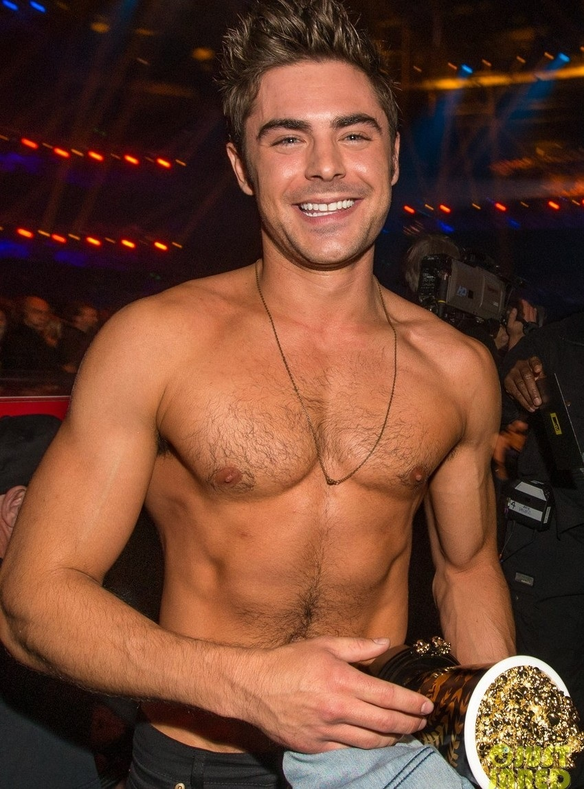 More Zac Efron Shirtless Photos Mtv Movie Awards Body