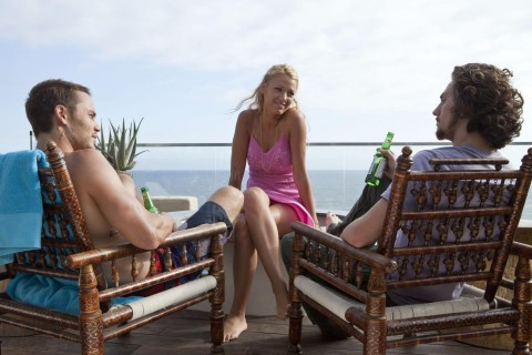 Still Of Blake Lively Aaron Taylor Johnson And Taylor Kitsch In Savages Large Picture Aaron Taylor Johnson Savages
