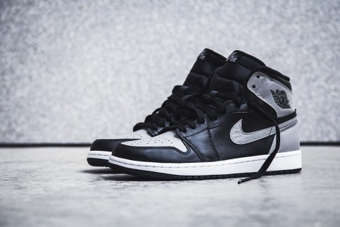 Air Jordan Retro High Shadow