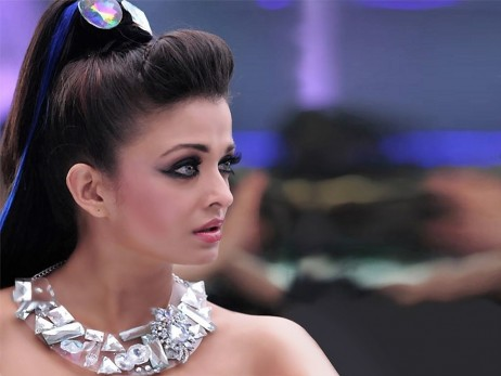 Aishwarya Rai Photos From Lakme Fashion Week Fashion