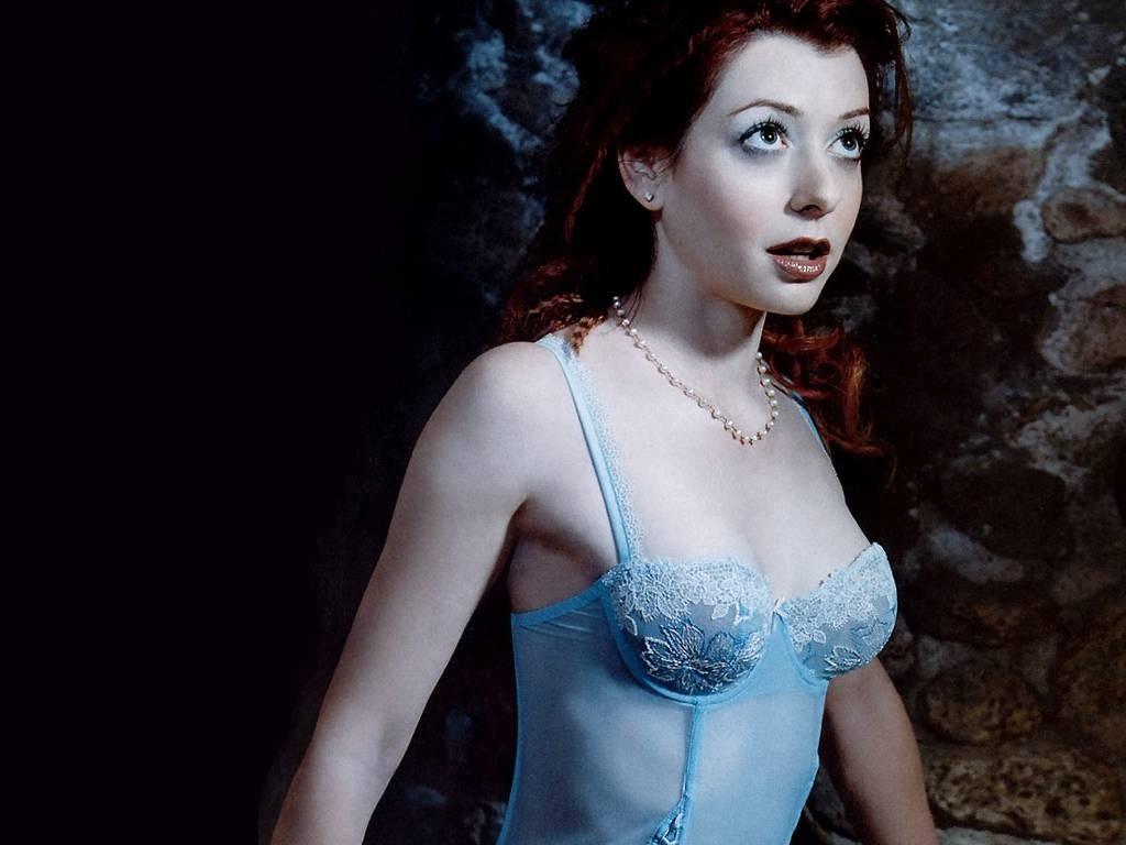 Alyson Hannigan In Buffy The Vampire Slayer