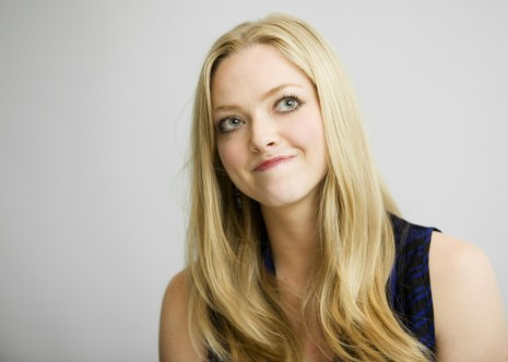 Amanda Seyfried Long Hair Hd Wallpaper Download Celebrities Picture Amanda Seyfried Hd Wallpaper
