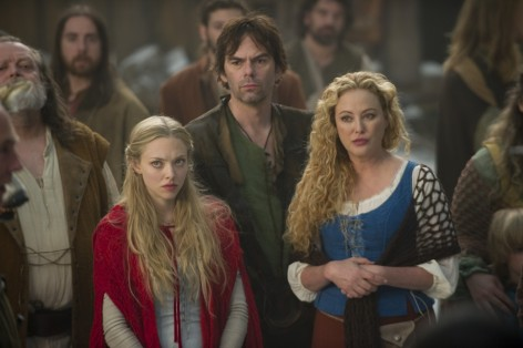Red Riding Hood Movie Image Amanda Seyfried Billy Burke Virginia Madsen Movies