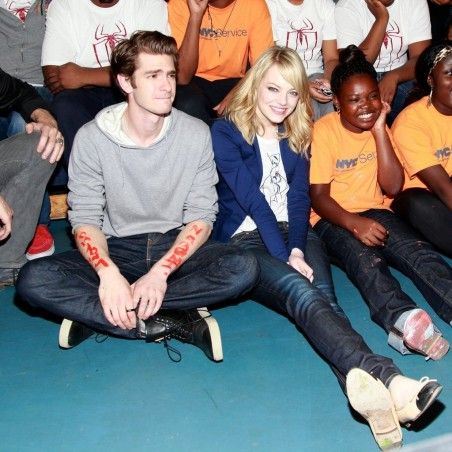 Emma Stone Andrew Garfield Put Charitable Sides Display Amazing Volunteer Initiative Brooklyn June Body
