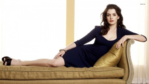 Anne Hathaway Hot Hd Wallpaper Hot