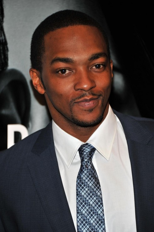 Anthony Mackie At Event Of Gardienii Destinului Large Picture