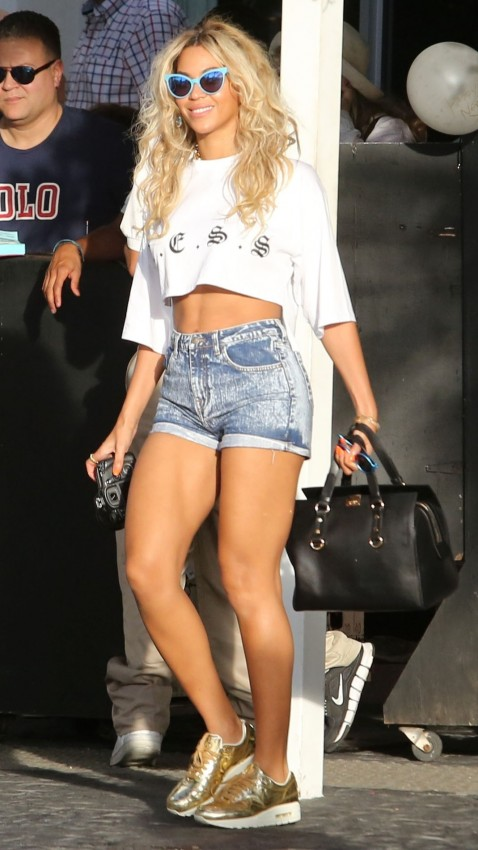 Beyonce South Beach Wildfox Sunglasses Less Crop Top Nike Sneakers Beach