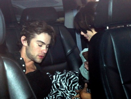 Ashley Greene Makes Out With Chace Crawford Twilight Series