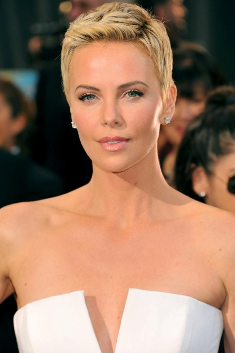 Charlize Theron Beauty Oscars Zoom Hair