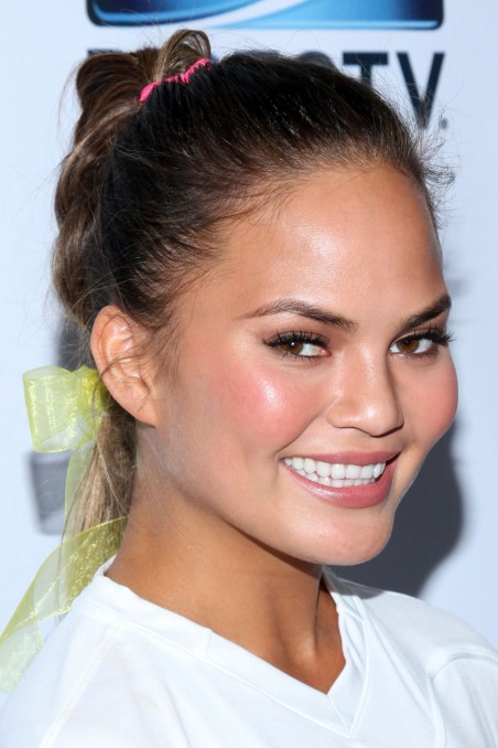 Chrissy Teigen At Directv Celebrity Beach Bowl Tv