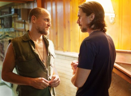 Out Of The Furnace Woody Harrelson And Christian Bale Movies