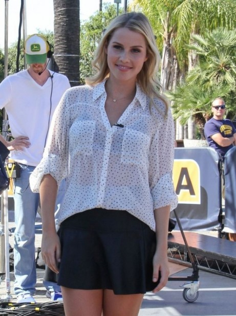 Claire Holt On The Set Of Extra In Universal City Beach