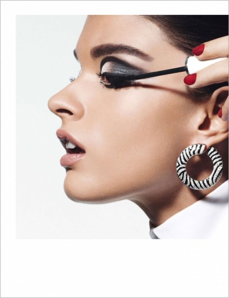 Crystal Renn Models Millions In Jewelry For Vogue Paris October