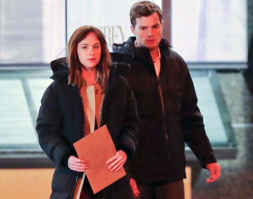 Dakota Johnson Jamie Dornan Set Shades Grey