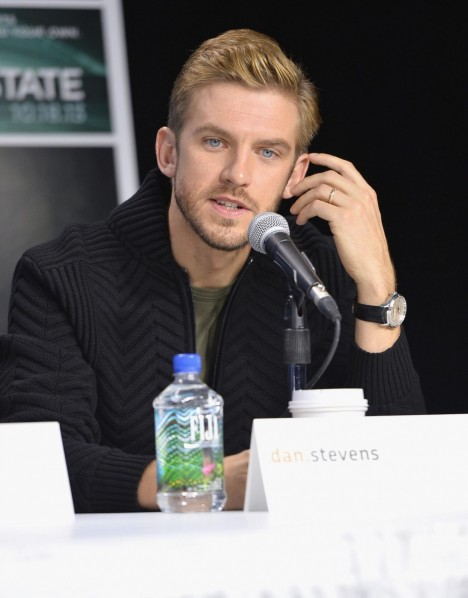 Dan Stevens At Event Of The Fifth Estate Large Picture