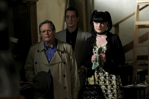 Picture Of Pauley Perrette And David Mccallum In Ncis Naval Criminal Investigative Service Large Picture