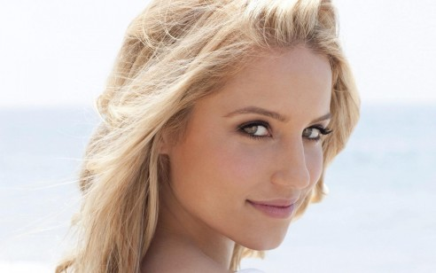 Beautiful Dianna Agron Glee