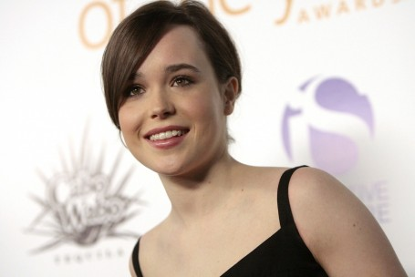 Ellen Page Teeth Hd
