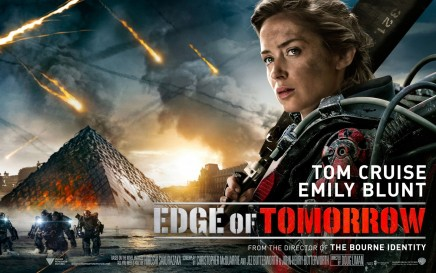Emily Blunt In Edge Of Tomorrow Wallpaper Movies