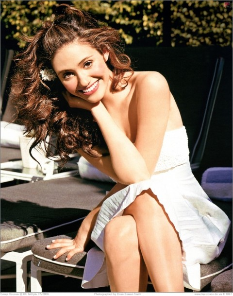Emmy Rossum Nice Looking Pictures