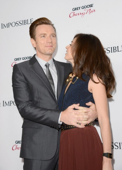 Ewan Mcgregor And Eve Mavrakis At Event Of The Impossible Large Picture Family