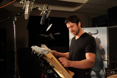 Gerard Butler Stoick In The Recording Studio At Dreamworks Animation How To Train Your Dragon Release March Photo Credit Mathieu Young How To Train Your Dragon Dreamworks Animation Llc All Rights Rese