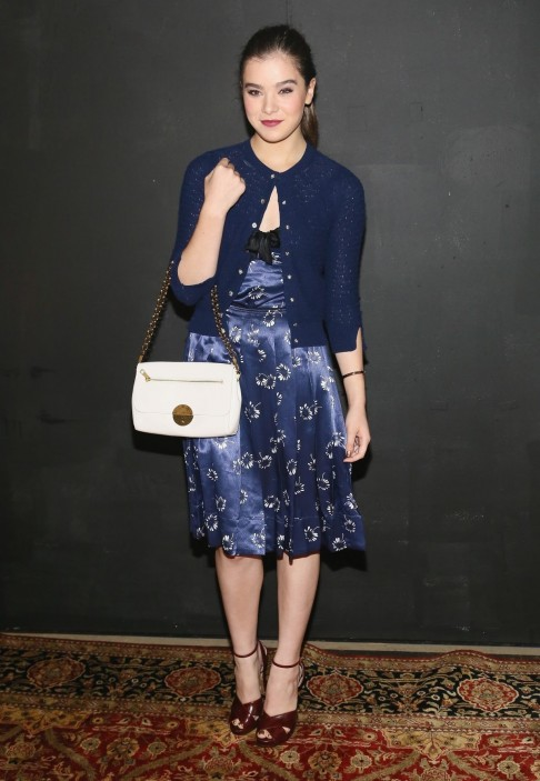 Hailee Steinfeld At The Marc Jacobs Spring Fashion Show In Nyc