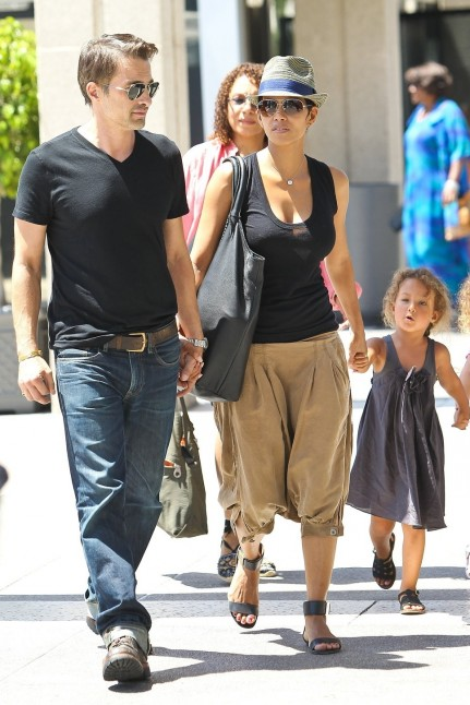Olivier Martinez Halle Berry And Olivier Martinez