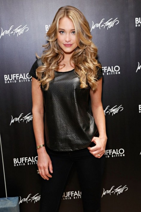 Hannah Davis At Guys Night Out Party In New York Hair