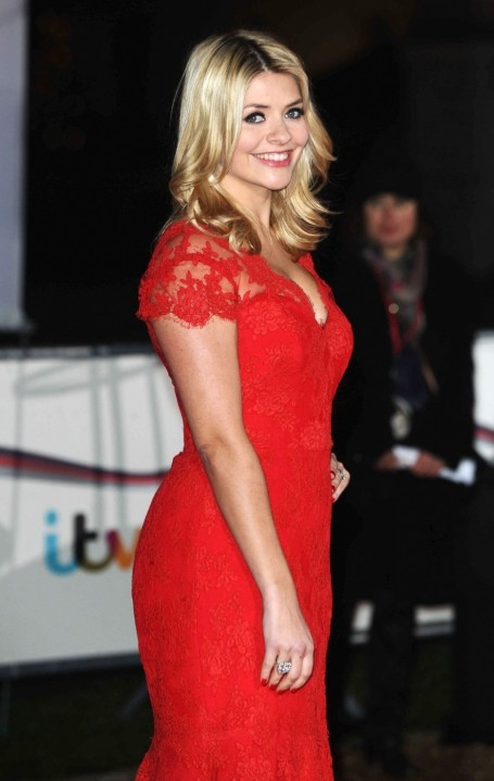 Full Holly Willoughby