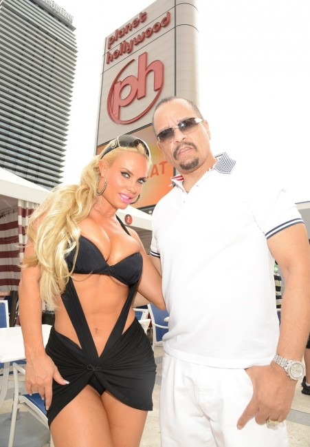 Ice And Coco At Pleasure Pool At Planet Hollywood Ice